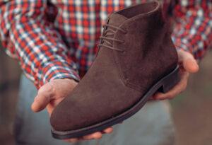 Chukka Boot in dark brown suede